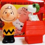 """ハッピーセットで""""I Love スヌーピー""""のおもちゃがもらえるよ♪"""